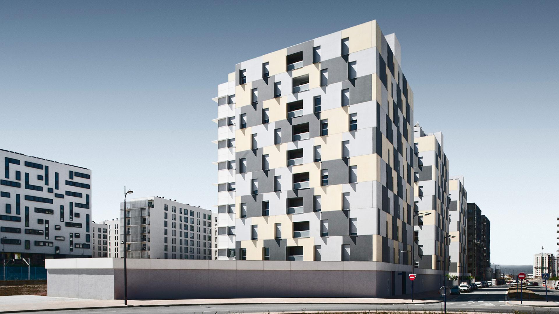 108-viviendas-VPO-en-Borinbizkarra-Proyecto-ByEarquitectos-Pamplona-Navarra-00-Portada