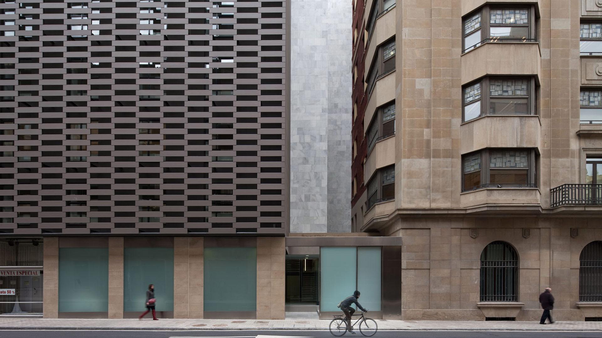 10_0_Portada_hacienda-slide-ByEarquitectos-pamplona-navarra