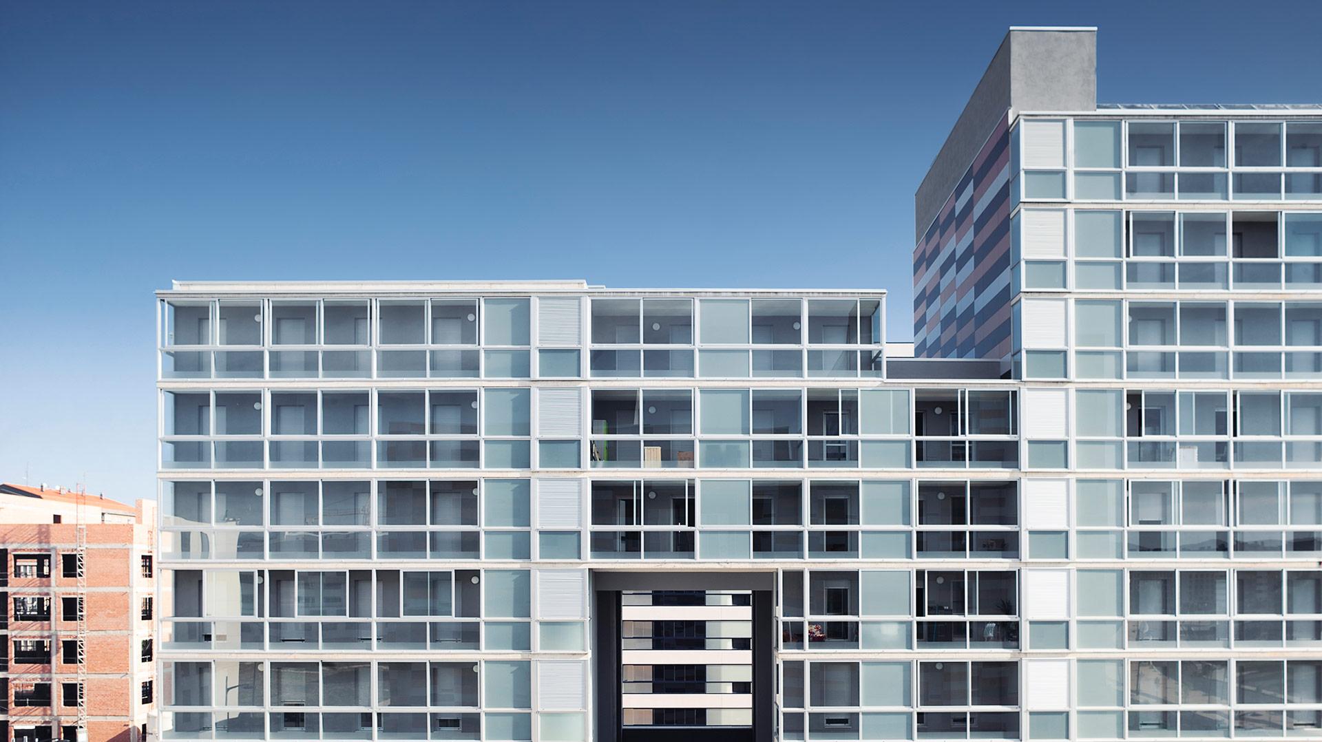 84-viviendas-VPO-en-Borinbizkarra-Proyecto-ByEarquitectos-Pamplona-Navarra-00-Portada